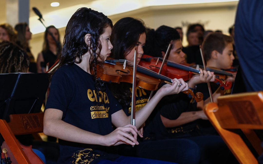 CORAL E ORQUESTRA DO PROIDE NO SHOPPING DE CABO FRIO